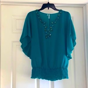 Jeweled/ crystal gathered short sleeve teal top- S